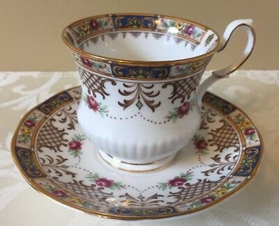 "Vintage Queen's/rosina Bone China England ""kenilworth"" Tea Cup & Saucer"