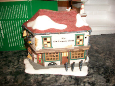 Dept 56 The Old Curiosity Shop Dickens Christmas Snow Village Lighted Building