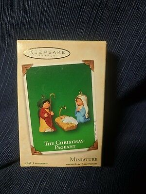 Hallmark Miniature Christmas Ornament 2003-The Christmas Pageant - Set of 3