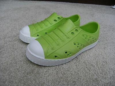 'm&s Kids' Cute Pair Of 'croc' Type Beach Shoes,unisex,size 10,bnwot !