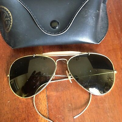 Vintage Pair Of B & L Ray Ban  Aviator's Sunglasses W/ Case