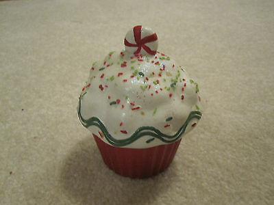 Cupcake candle ceramic holder Christmas candycane vanilla flavor new red