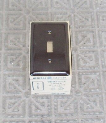 10 NOS Vintage GE Bakelite Single Light Switch Cover Plate Unused New in The Box