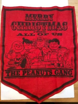 Vintage The Peanuts Gang Snoopy Red Felt Christmas Banner 1967
