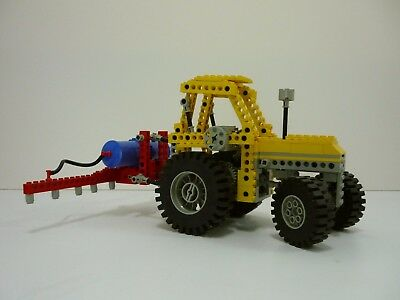 8849 Lego Technic  Vintage Tractor and Sprayer