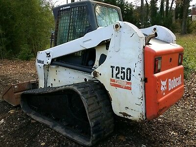 Bobcat T250 skid loader enclosed cab ac & heat, gold package runs well