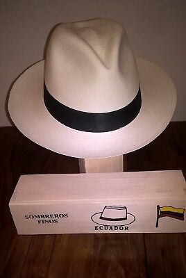 Genuine Hand Made Rollable Panama Hat from Cuenca with Balsa Wood Travel Box