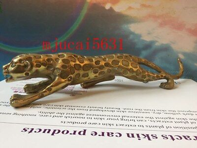 Bronze money leopards are decorated with Chinese statues