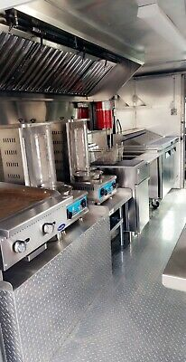 Food Truck Customed by Rolling Kitchens   Brand New 14ft Kitchen   Ready to Go!