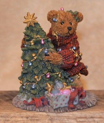 "Boyds Bears Bearstone ""Elliot and the Tree"" #2241 - Retired *MIB*"