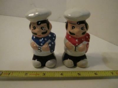Vintage Pair Of Chefs - Blue - Red  Salt And Pepper Shakers