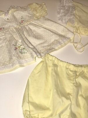 Vintage CRADLE TOGS Yellow Pinafore Bonnet Bloomers Baby DRESS Lace Set