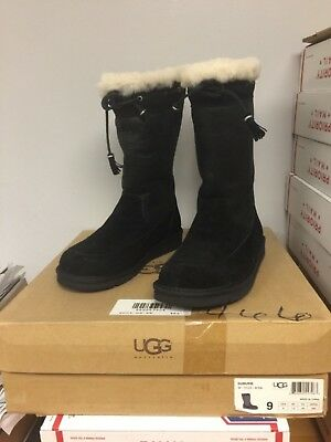 $280 UGG AUSTRALIA SUBURB Leather / Suede Black US Women 9 New In Box CLEARANCE