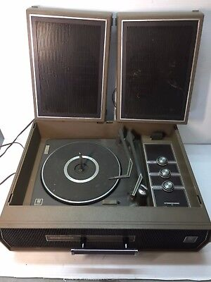 VINTAGE MAGNAVOX SUITCASE Record Player 4 Speed As Is For