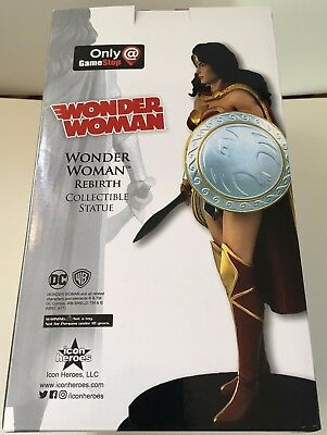 2017 Exclusive WONDER WOMAN REBIRTH Hand-Painted Polystone Statue 0920/1800  NEW