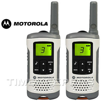 6Km Motorola TLKR T50 Walkie Talkie 2 Two Way PMR 446 Compact Radio Twin Set