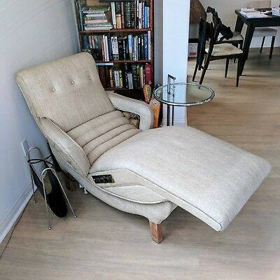 Electric 1950s Vintage Chaise Lounge