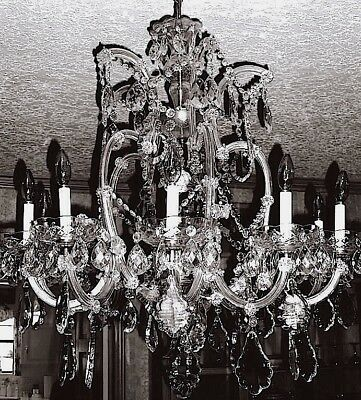 10 Light Maria Theresa Crystal Chandelier For Dining, Living Room, Or Entry