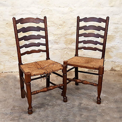 C18th Style Pair of Oak Ladderback & Rush Seated Chairs - Early C20th (Antique)