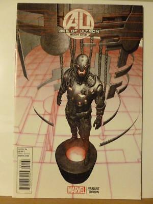 Age of Ultron Book One 1:25 Variant Connecting Cover NM Avengers Spider-man