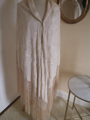 Vintage Chinese Embroidered Silk Canton Shawl / Excellent Condition