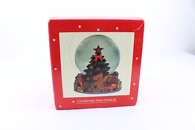 JC PENNEY Musical Waterglobe Christmas Tree With Music Holiday Novelty VTG