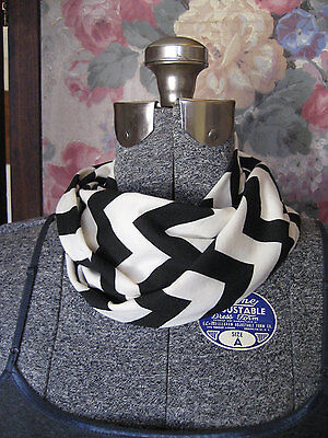 Small Black & Cream Chevron stripe Infinity Scarf Baby Toddler Kid PHOTO PROP