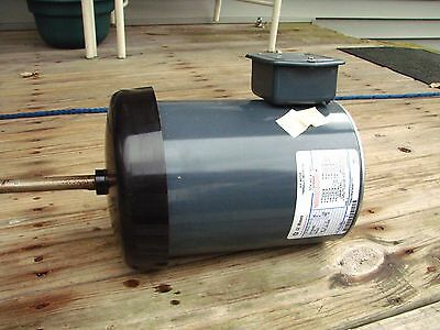 GE GENERAL ELECTRIC MOTOR 200-230/460V 1HP 1140rpm 3phase NEW