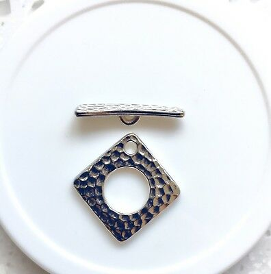Toggle/Clasp, Hammered 23x23mm Bright Rhodium Plating, 1 set per pack.