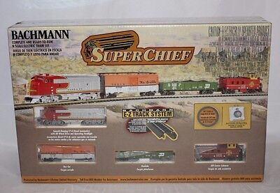 Bachmann #24021 N Scale Super Chief Train Set New In Box