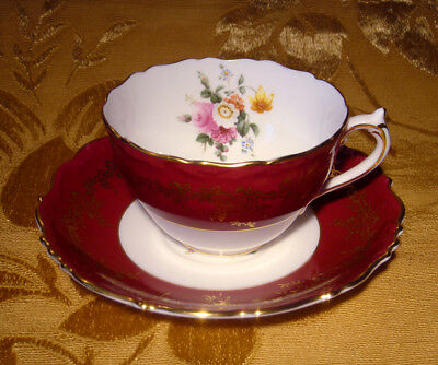 Coalport Floral Bouquet Center Maroon Tea Cup & Saucer Gold Trim