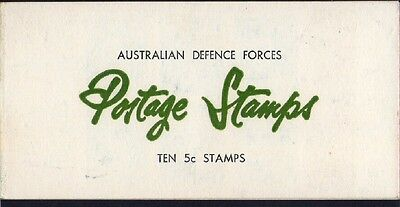 1967 AUSTRALIAN DEFENCE FORCES STAMP BOOKLET 10 x 5c BLUE QEll STAMPS MUH