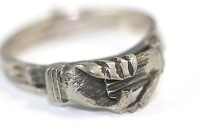 D318 Claddagh CladdahCeltic 2.8g 3 piece connected Ring Sterling size 6