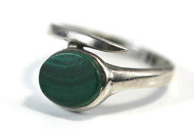 D319 Malachite Stone Sterling 2.3g 925 10mm Ring size 6 1/2