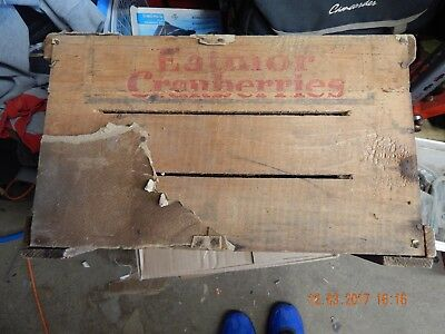 Antique Eatmore Cranberries COUNTRY STORE Wood Advertising Crate Box