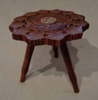 Vintage Hand Carved Leaves Small Wood Tripod 3 Legged Stool or Table / Pot Stand