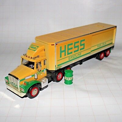 1987 Hess 18 Wheeler Bank
