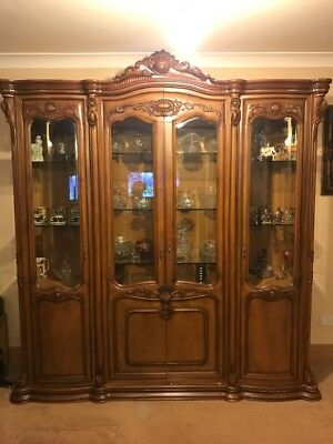 Vintage Style, Solid Hardwood & Hand Carved Display / China Cabinet