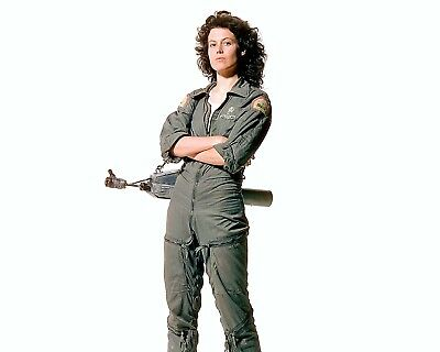 Aliens 1986 Sigourney Weaver Cw3 Ellen Ripley Glossy 8 X 10 Photo Hd Cinescope