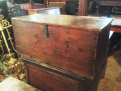 good 18th century georgian pine church bible box coffer casket deeds chest
