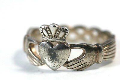D329 Claddagh Solvar Claddah Sterling 4.6g 925 Ring size 9