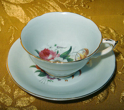 VINTAGE PARAGON CUP & SAUCER FLORAL SPRAY CENTER on TURQUOISE PATTERN S6070/2