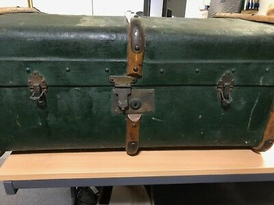 Vintage Storage chest / Trunk