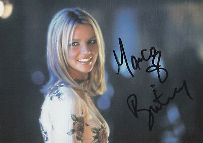 Britney Spears · Not a Girl · Autogramm