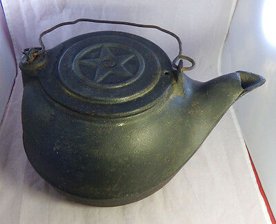 VNTG Antique Cast Iron Tea Kettle Pot Number 8 w/ Star Swivel Lid & Metal Handle