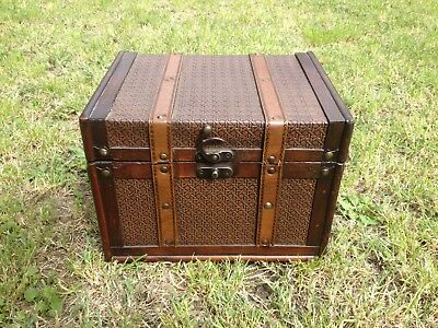 Retro Vintage Style Small Wooden Steamer Trunk Treasure Chest Storage Box