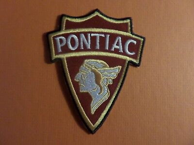VINTAGE PONTIAC white& GOLD & red Embroidered 3 x 3-5/8 Iron Or Sew On Patch