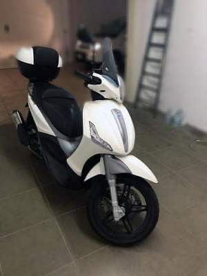 Piaggio Beverly 350 SportTouring Beverly 350 SportTouring