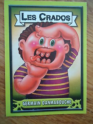 Image * Les CRADOS 3 N° G8 * 2004 album card Sticker FRANCE Garbage Pail Kid