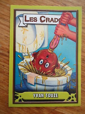 Image * Les CRADOS 3 N°156 * 2004 album card Sticker FRANCE Garbage Pail Kid